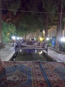 Iran-date (529)